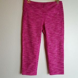 Athleta pink Heather Capri athletic leggings M